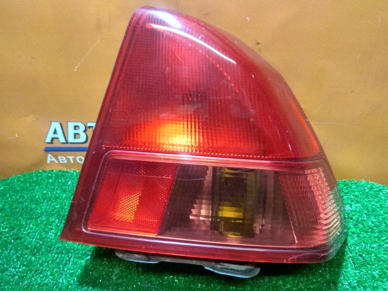 Фонарь задний Honda Civic ES1 D15B правый P0853 1MOD
