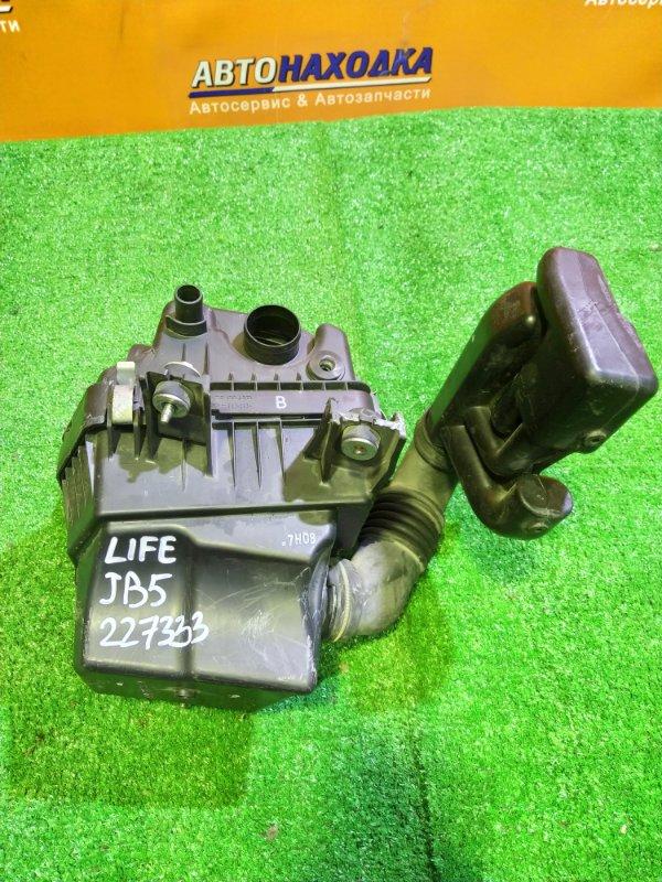 Корпус воздушного фильтра Honda Life JB5 P07A