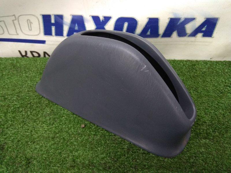 Накладка пластиковая в салон Toyota Ipsum SXM10G 3S-FE 1996 58904-44010 накладка на ручник, серая (Trim