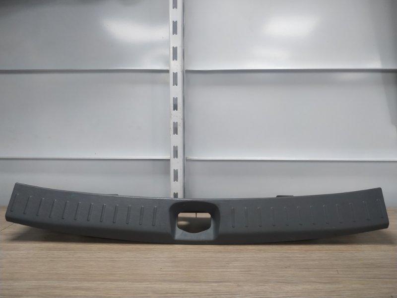 Накладка багажника Daihatsu Yrv M201G K3-VE 2000 задняя 64716-97401, 64716-97402, 64716-97401-030 накладка замка