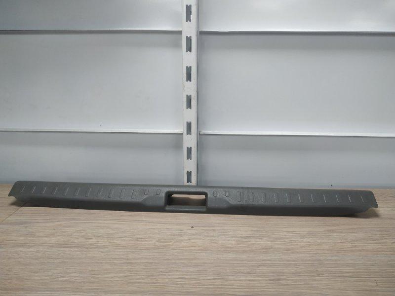 Накладка багажника Nissan Primera P11 SR18DE задняя 849213J000 накладка замка багажника
