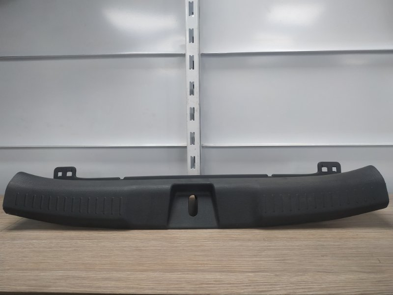 Накладка багажника Honda Fit GD1 L13A задняя 84640-SAA-0030 накладка замка багажника
