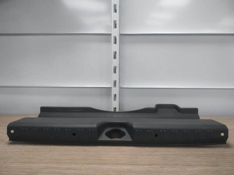 Накладка багажника Honda Torneo CF3 F18B задняя 84640-S0A-0030 накладка замка багажника