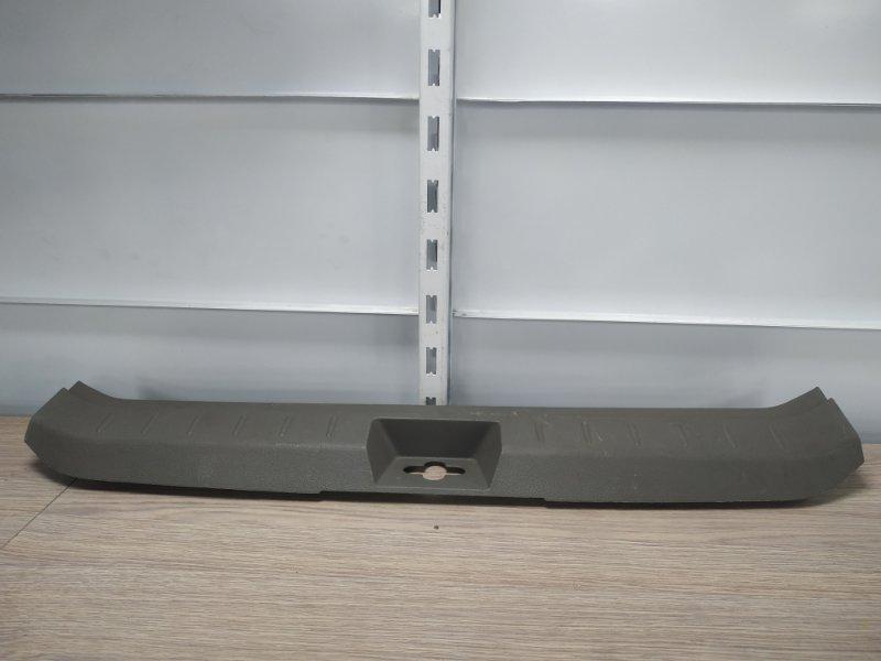 Накладка багажника Nissan Note E11 HR15DE задняя 849921U600 накладка замка багажника