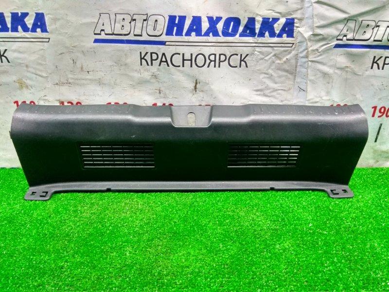 Накладка багажника Honda Fit GD1 L13A 2001 задняя 84640-SAA-0030 накладка замка багажника