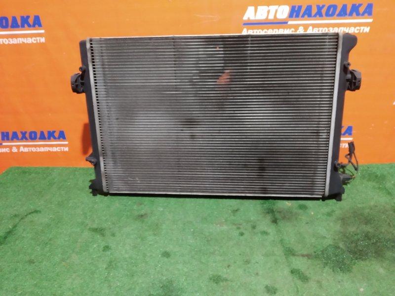 Радиатор двигателя Volkswagen Passat B6 BSE 2005 диффузор+2 вентилятора+датчик