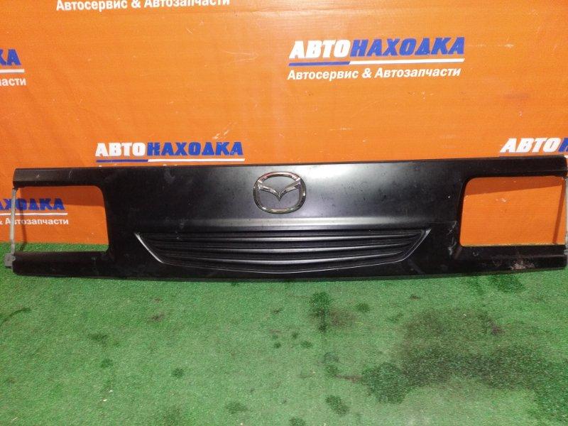 Решетка радиатора Mazda Bongo SKF2V RF-T 2003 передняя