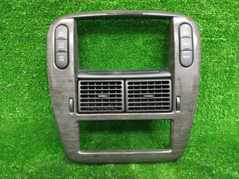 Консоль магнитофона Ford Explorer UN152 COLOGNE V6 2001 чёрное дерево, с дефлекторами обдува
