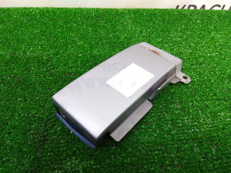 Планка под стоп Mitsubishi Pajero Io H76W 4G93 1998 задняя правая задняя правая планка под стоп,