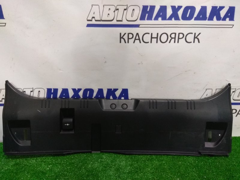 Накладка багажника Bmw 525I E60 M54B25 2003 задняя 51477024863 накладка замка багажника, с розеткой,