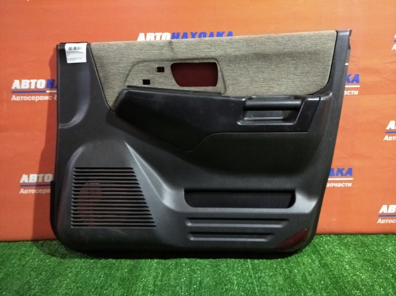 Обшивка двери Mitsubishi Pajero Io H77W 4G94 2000 передняя правая ХТС