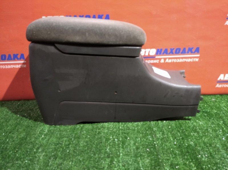 Бардачок Toyota Mark Ii Qualis SXV20W 5S-FE 1996 между сидениями