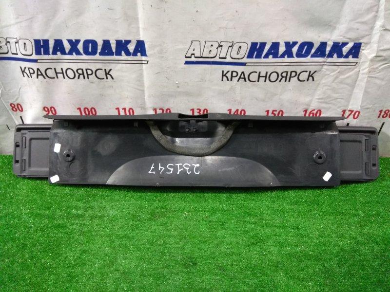 Накладка багажника Citroen C4 B5NFU TU5JP4 2004 задняя 9650007477 накладка замка багажника, с