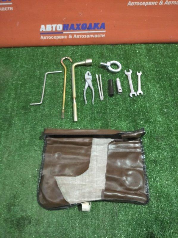 Набор инструмента Honda Odyssey RA6 F23A 1999 крюк буксировочный d=16мм/отвертка+-/2ключа