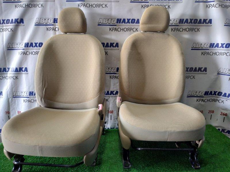 Сиденья Toyota Sienta NCP81G 1NZ-FE 2006 передняя Передние, пара, механические регулировки. Цвет