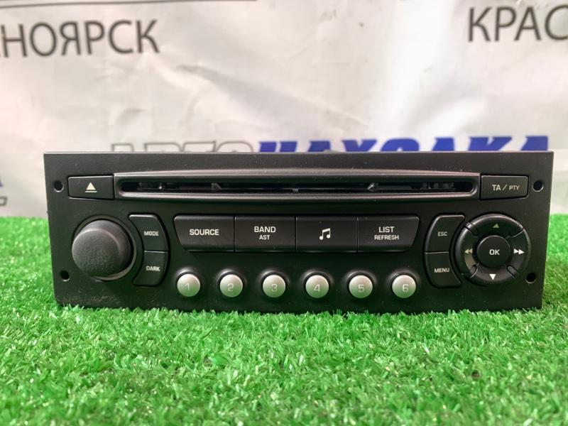 Магнитола Citroen C4 B5NFU TU5JP4 2004 9659139877 штатная, CD / (Радио для рынка Японии)