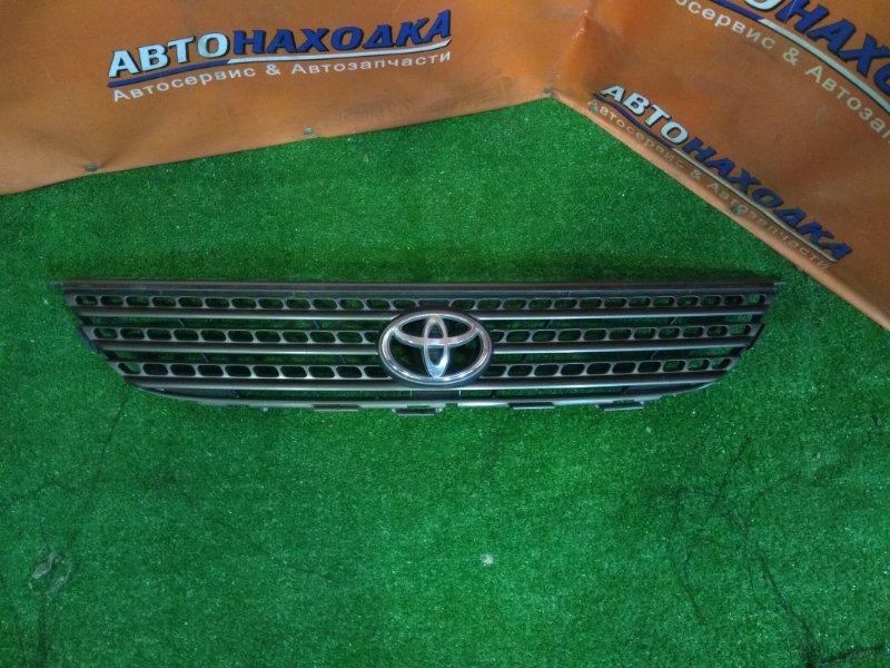 Решетка радиатора Toyota Corolla Spacio AE111 4A-FE 06.2000 53101-13160 2MOD, СЛОМАНО ПРАВОЕ НИЖНЕЕ