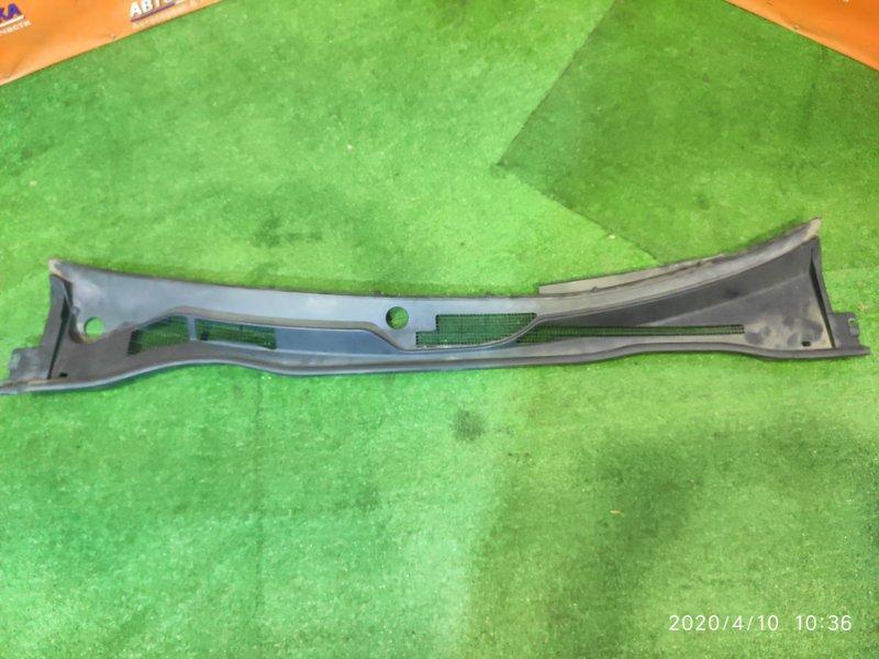 Решетка под лобовое стекло Toyota Camry ACV30 2AZ-FE 10.2001
