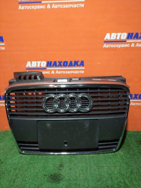 Решетка радиатора Audi A4 B7 ALT 2004 передняя ХТС
