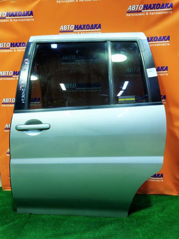 Дверь Nissan Liberty RM12 QR20DE задняя левая