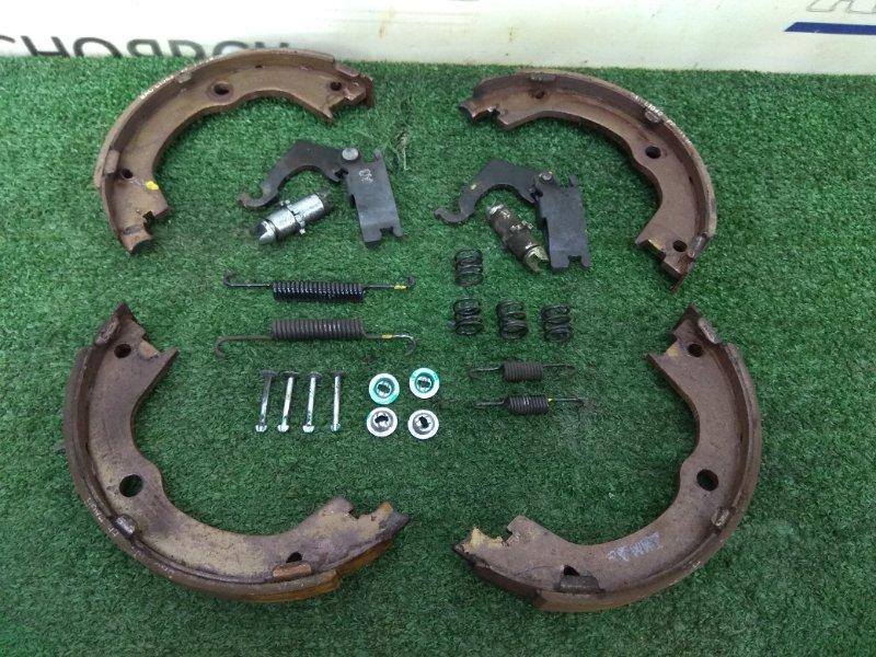 Колодки тормозные Chevrolet Captiva C140 A24XE 2011 задние на ручник + механизм стояночного