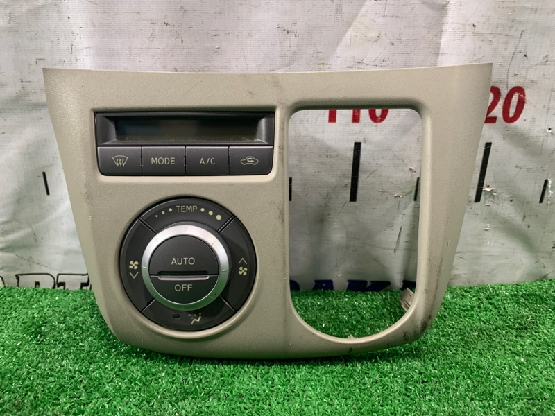 Климат-контроль Toyota Passo Sette M502E 3SZ-VE 2008 55910-B1100 электронный, с фишкой, облицовкой