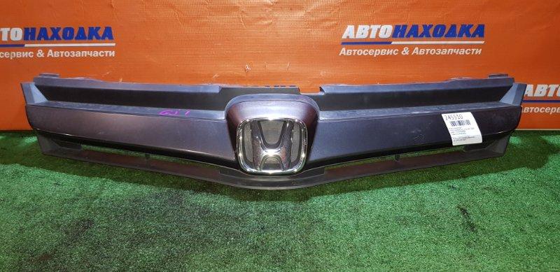 Решетка радиатора Honda Airwave GJ1 L15A 2005 1 мод есть потертость