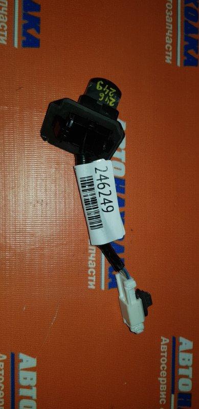 Камера заднего вида Honda Freed GB3 L15A 2008