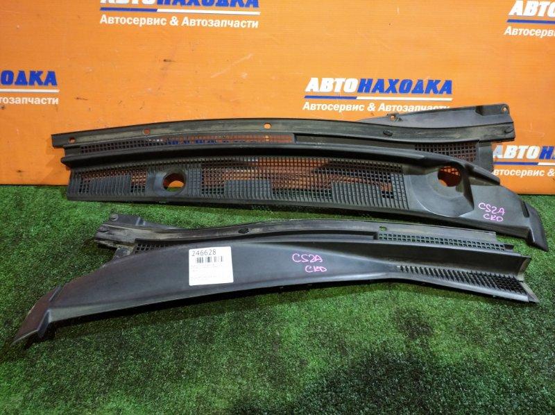 Решетка под лобовое стекло Mitsubishi Lancer CS2A 4G15 2003 2 части