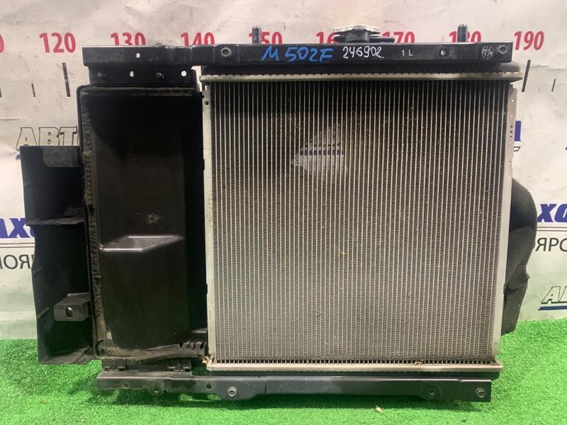 Радиатор двигателя Toyota Passo Sette M502E 3SZ-VE 2008 422174-1430 А/Т с диффузором и вентилятором