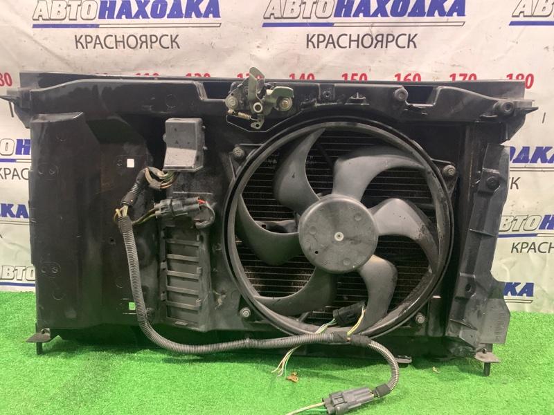 Радиатор двигателя Peugeot 307 3A/C TU5JP4 2001 Пластиковая рамка с вентилятором + радиатор