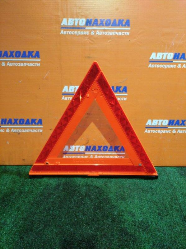 Знак аварийной остановки Nissan KC902-89900