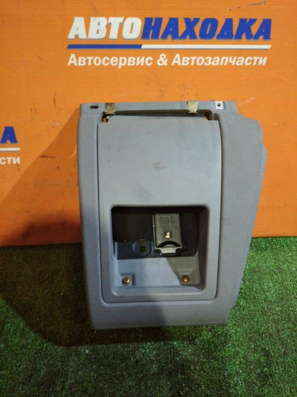 Пластик салона Bmw 530I E39 M54B30 2000 кармашек