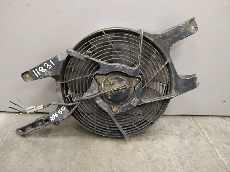 Вентилятор радиатора Nissan Elgrand APE50 VQ35DE 1997 0 Вентилятор с диффузором на кондиционер