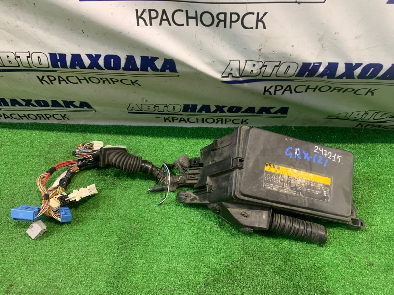 Блок предохранителей Toyota Mark X GRX121 3GR-FSE 2004 подкапотный, в сборе