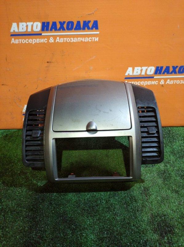 Консоль магнитофона Nissan Note E11 HR15DE 2005 под 2 din