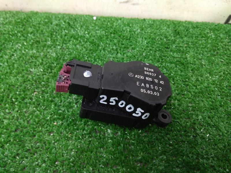 Привод заслонок отопителя Mercedes-Benz C200 203.042 M271E18 2000 EAB502 7 контактов
