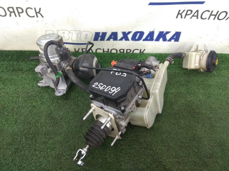 Главный тормозной цилиндр Honda Civic FD3 LDA 2005 с электроусилителем и бачком