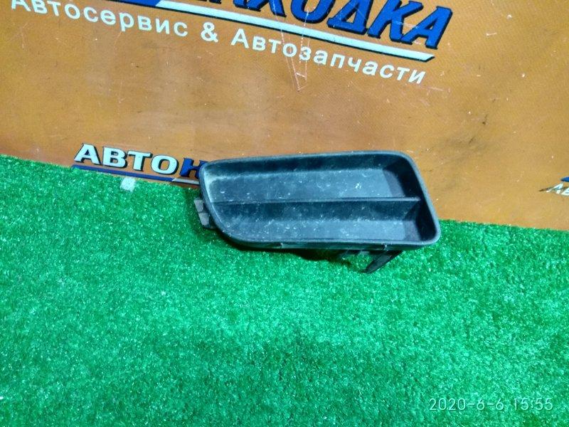 Заглушка в бампер Honda Accord CF4 F20B правая 71103-S0B-0000