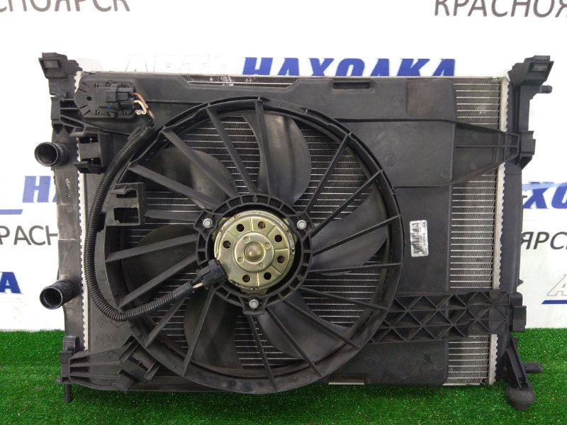 Радиатор двигателя Renault Megane BM F4R 2002 с вентилятором и диффузором