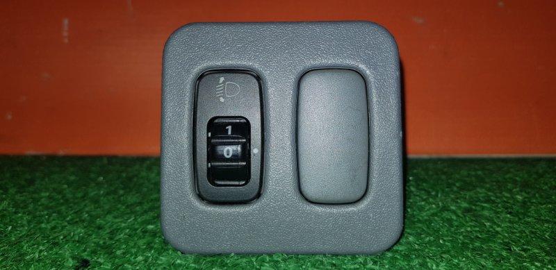 Кнопка включения света Mitsubishi Lancer CS2A 4G15 2005 на корректор фар
