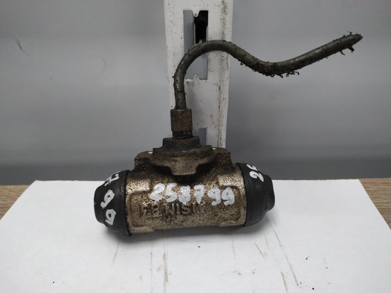 Рабочий тормозной цилиндр Toyota Ipsum SXM10G 3S-FE 1996 задний 47550-44010 RR=RL