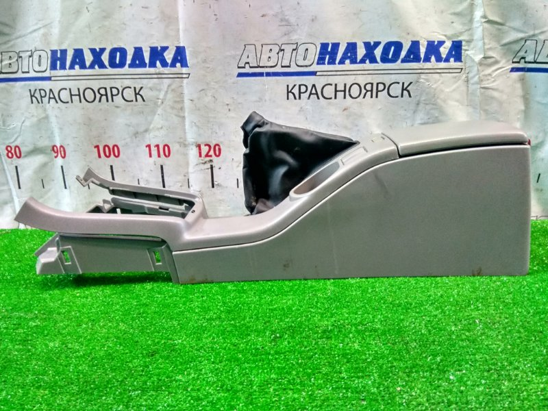 Подлокотник Subaru Forester SG5 EJ20-T 2002 консоль между передних сидений с бардачком, дефект