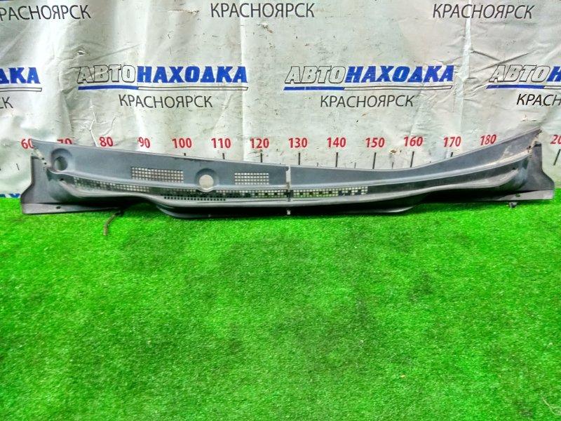Ветровая панель Honda Stream RN1 D17A 2003 две части. В сборе. Все крепления целые.