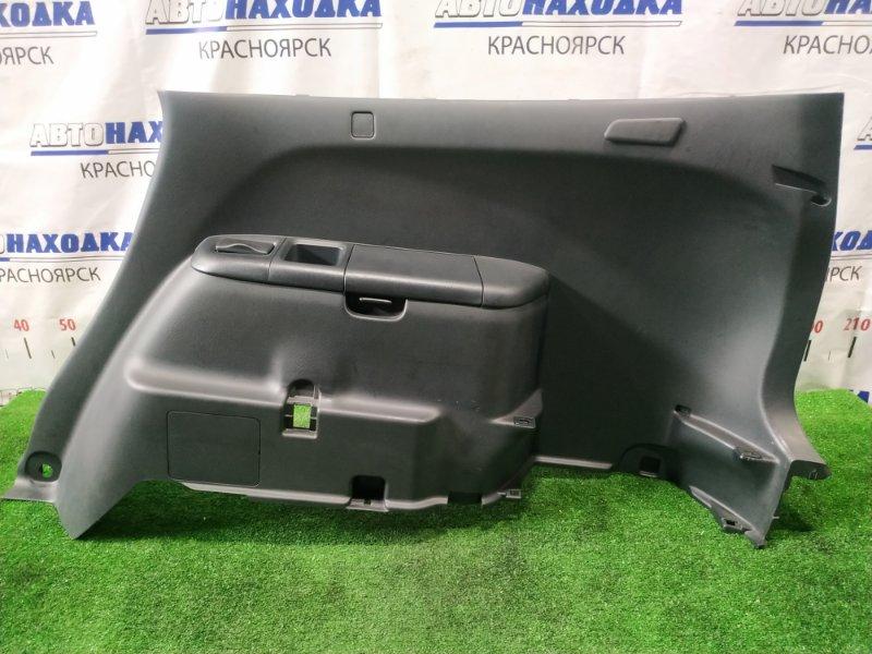 Обшивка багажника Honda Stream RN1 D17A 2003 задняя правая Правая, с бардачком и подстаканниками,