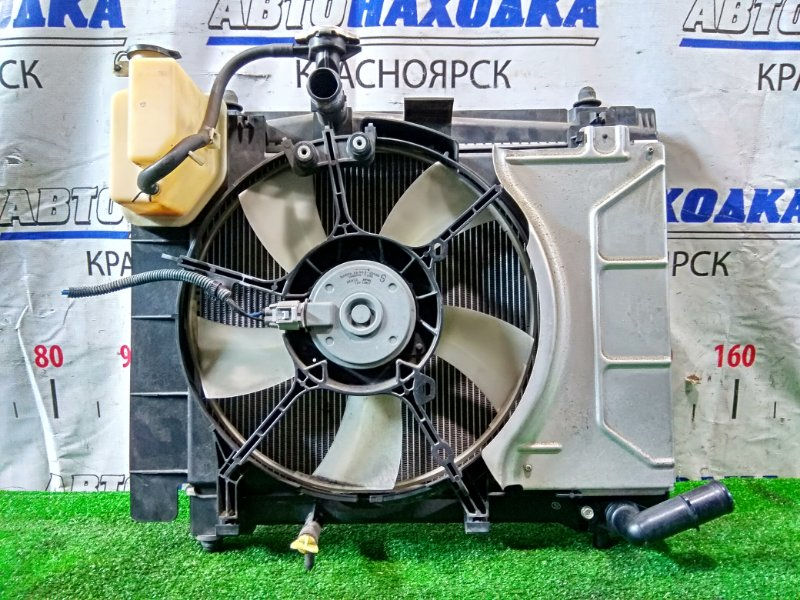 Радиатор двигателя Toyota Ractis NSP120 1NR-FE 2010 в сборе.
