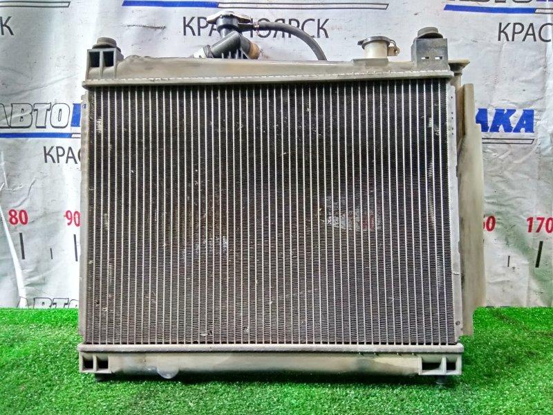 Радиатор двигателя Toyota Funcargo NCP20 2NZ-FE 1999 В сборе, A/T, с вентилятором и диффузором.