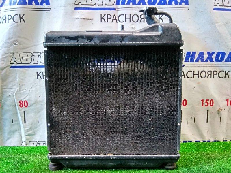 Радиатор двигателя Honda Fit GD1 L13A 2001 А/Т 1 мод., с диффузором и вентилятором + бачок.