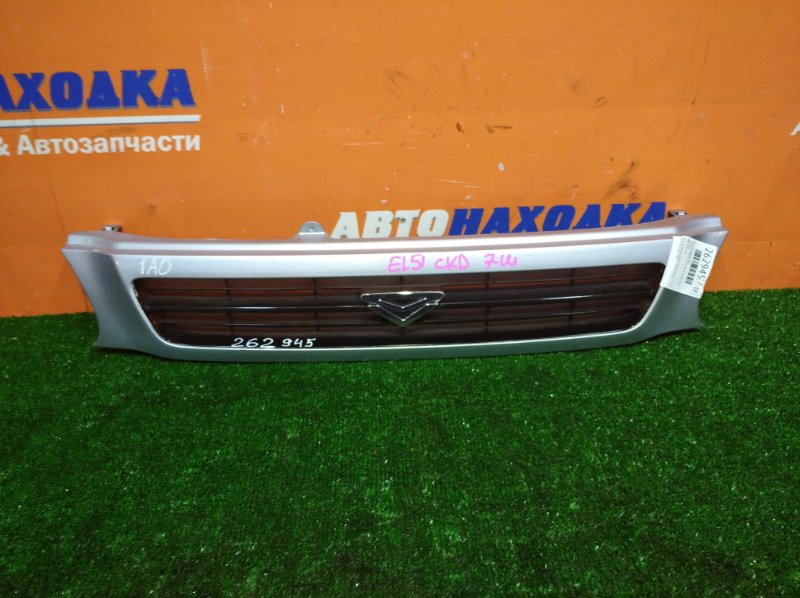Решетка радиатора Toyota Tercel EL51 4E-FE 1994 цвет 1A0 ХТС