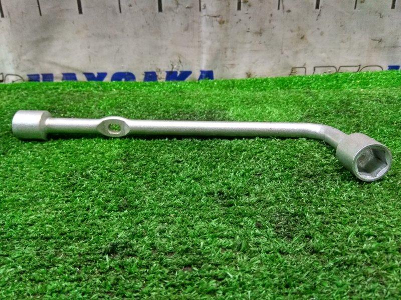 Ключ балонный Honda Stream RN1 D17A 2003 на 19